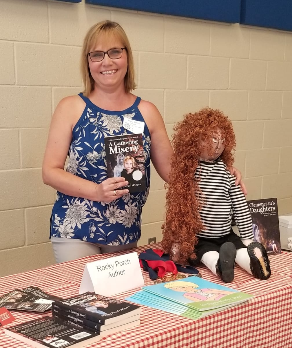 Rocky at Alabama School Library Association Conference